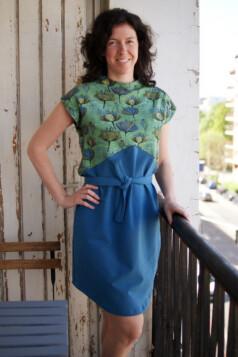 ujjatlan ruha - mákvirág, classic blue