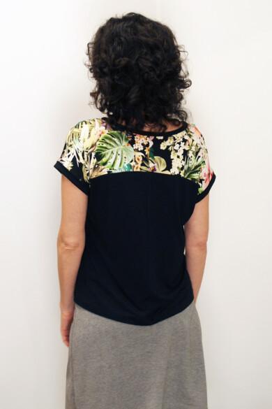 póló - tropical black